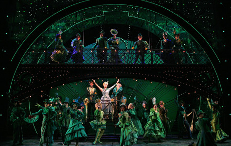 Wicked enchants South Floridian audiences