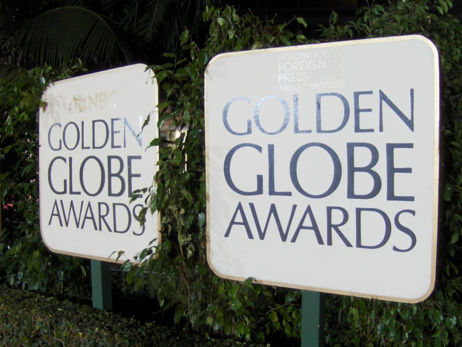 Celebrities+used+Golden+Globes+to+bring+awareness+to+sexual+misconduct+by+decking+out+in+black.+