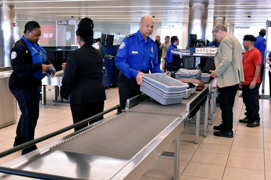 TSA+agents+were+left+no+choice+but+to+work+without+pay+during+the+34+day+shutdown.+